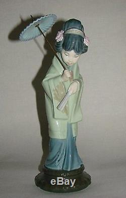 Lladro/Nao Japanese Geisha Girl with Parasol Oriental Spring