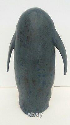 Lladro Penguin Love figurine
