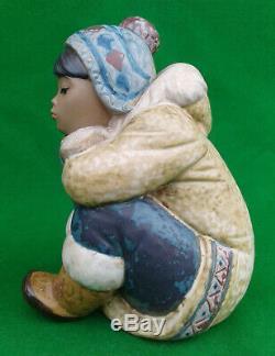 Lladro Pensive Eskimo Boy Gres Finish 2159