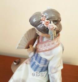 Lladro Porcelain 5327 Nippon Lady Geisha With Fan & Bird S. Debon Retired