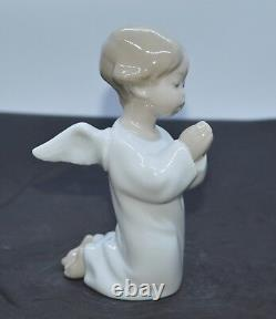 Lladro Porcelain Figurine Angel Praying 01004538 Was £125.00 Now £106.00