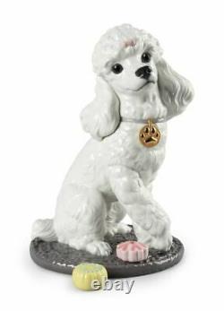 Lladro Porcelain Poodle with Mochis Dog Figurine 01009472