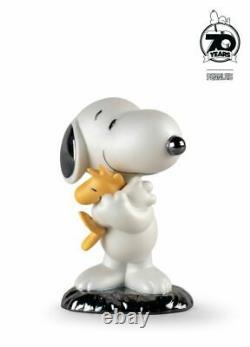 Lladro Porcelain Snoopy Figurine 01009490