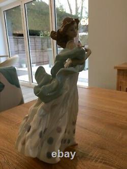 Lladro Summer Serenade Figurine No 6193