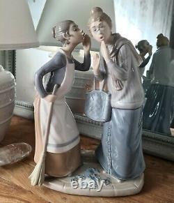Lladro'The Gossips' Figurine 4984. PRISTINE CONDITION