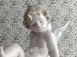 Lladro''Travel The World'' Las Vegas Cherub Porcelain Figurine USC RD8626