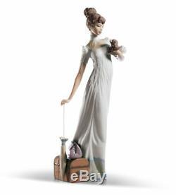 Lladro Traveling Companions Woman Figurine 01006753