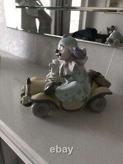 Lladro Trip To The Circus Clown Figure 01008136