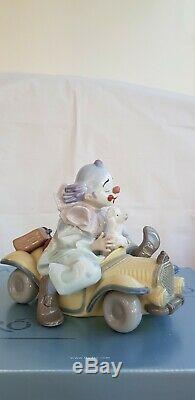 Lladro Trip to The Circus, Clown In Car With His Dog