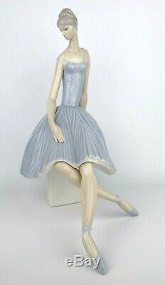 Lladro Waiting Backstage Figurine 4559 Retired 1969-93 Pareeja Triste Arlequin