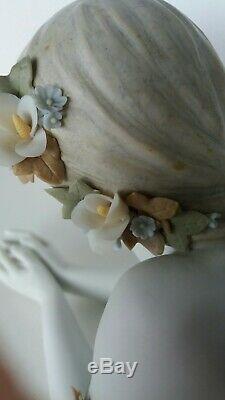 Lladro figurine Precious Angel