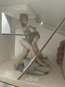 Lladro figurines'First Ballet' No 5714. Girls ballerinas with flowers
