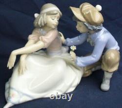 Lladro girl & boy FOR ME model 5454 produced 1988-1997