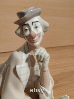 Lladro large CLOWN figure/ figurine reclining #4618
