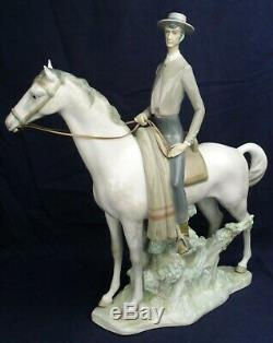 Lladro man on horseback CAMPERO model 1061 issued 1969-1975
