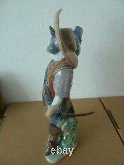 Lladro-puss In Boots Figure