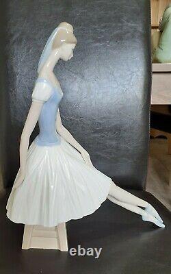 Lovely Large Nao Figurine Seated Ballerina
