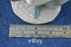 Lovely Rare Lladro''Tolkens Of Love'' Porcelain Figurine No 6351 USC RD7074