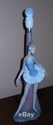 NAO/LLADRO, Beautiful Ballerina Lamp Stand, Large piece, VERY RARE, Stunning