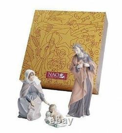 NAO Porcelain by Lladro NATIVITY SET BABY JESUS, MARY, JOSEPH 020.07026