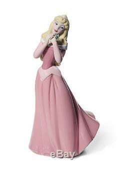 Nao Disney Aurora (Sleeping Beauty) Figurine NEW in Gift box