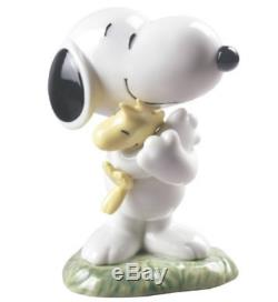 Nao by Lladro Porcelain Snoopy Peanuts Character Figurine Ornament 13cm 02000531