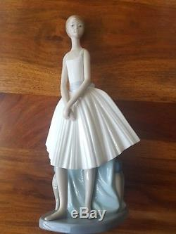Nao by Lladro and Lladro RETIRED figurine collection REDUCED