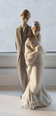 Nao lladro figurines