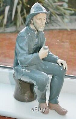 RARE Large Vintage Lladro NAO Fisherman With Pipe Figurine 15 tall Perfect