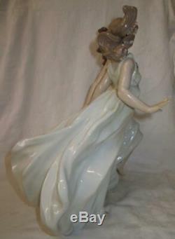RARE Lladro Figurine Allegory of Spring by Antonio Ramos #6241 (Mint)