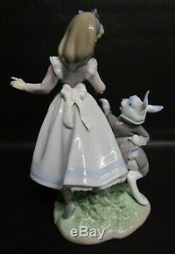 Rare Lladro Alice In Wonderland With Rabbit Figurine Number 5740 Mint Cond