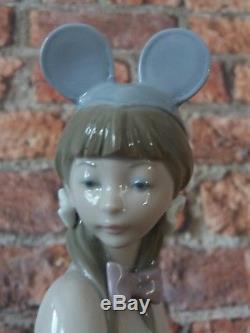 Rare Lladro Mouse Girl 5162 Retired 1985 Salvador Debon 9 tall