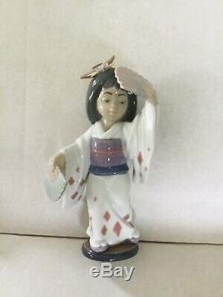 Rare Lladro Oriental Dance Geisha Girl Holding Her Fans Stunning Figurine 6230