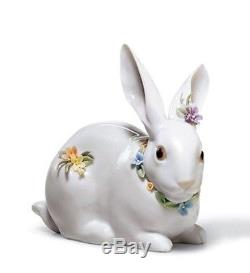 SALE Lladro Porcelain ATTENTIVE BUNNY WITH FLOWERS 010.06098 Worldwide Shipping