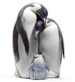 SALE Lladro Porcelain PENGUIN FAMILY 010.08696 Worldwide Shipping