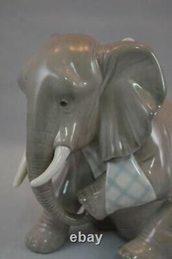 Superb & Rare Lladro Figure Painful Elephant Ref 5020