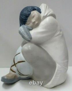 Vintage Lladro Large Eskimo Inuit Boy Sleeping Statue Porcelain Hand Painted