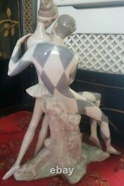 Vintage lladro Centrepiece jester and ballerina figurine, Rare